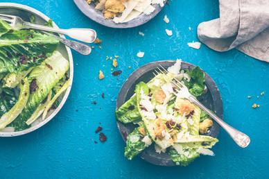 Ruokakuva | Pekoni-caesarsalaatti