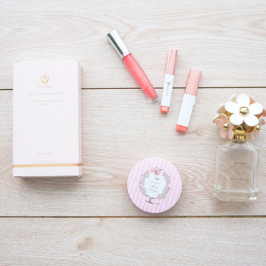 極緻亮顏乳霜+晶肌煥顏乳霜彩盒