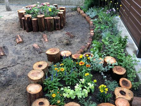 園庭の造園素材。