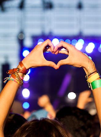Hænder i hjerte