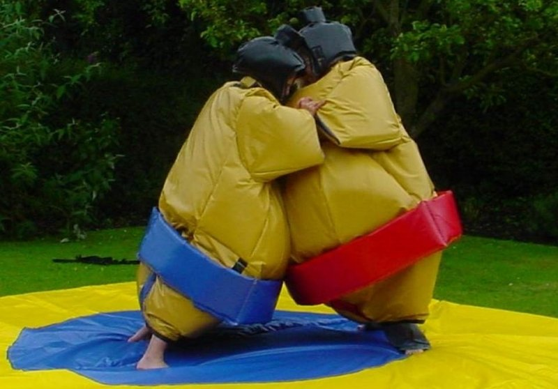 Аттракцион комическое сумо