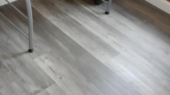 Vinyl Planks Installations
