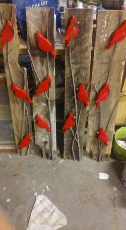 Cardinal Decor