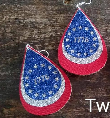 1776 Patriotic Dangle Earrings