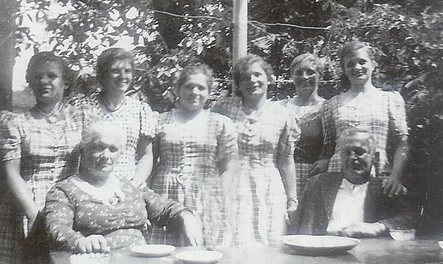 Familie_Schmid_1943