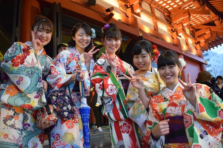 group-tours-kyoto-geisha