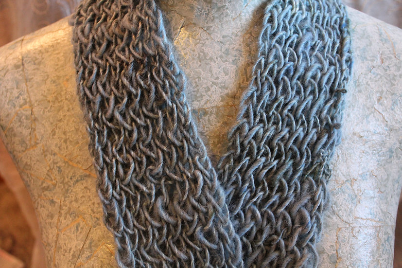 SCF11 - Leicester Long Wool Fiber Scarf