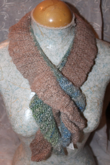 Leicester Long Wool Knit Scarf