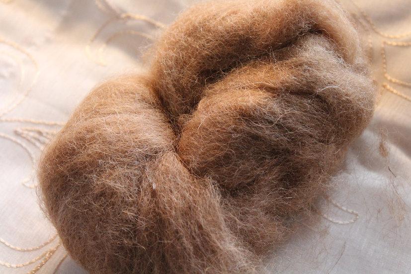 Huacaya Alpaca Medium Fawn Roving