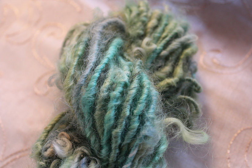 GRN45 - Leicester Long Wool, Lock Spun
