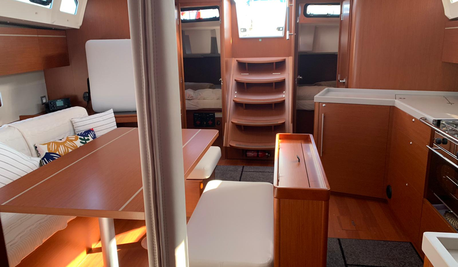 Sailing trip with comforts