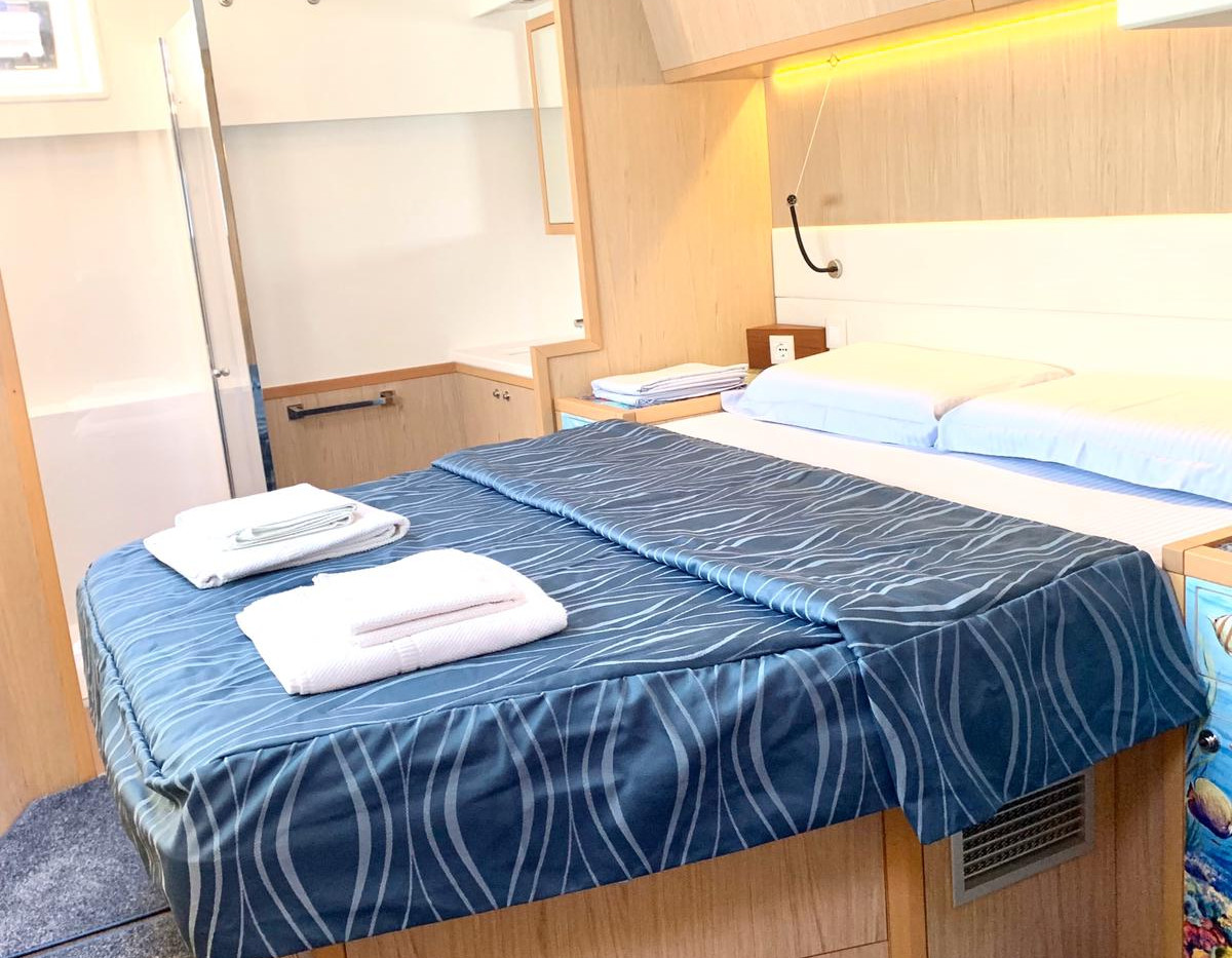 Sailing with comforts in Sardinia