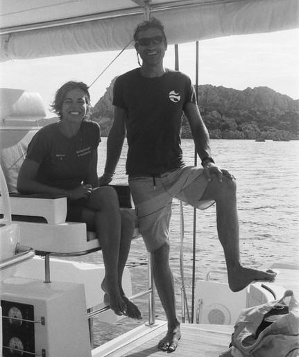 Skipper e hostess a bordo del Lagoon 52.