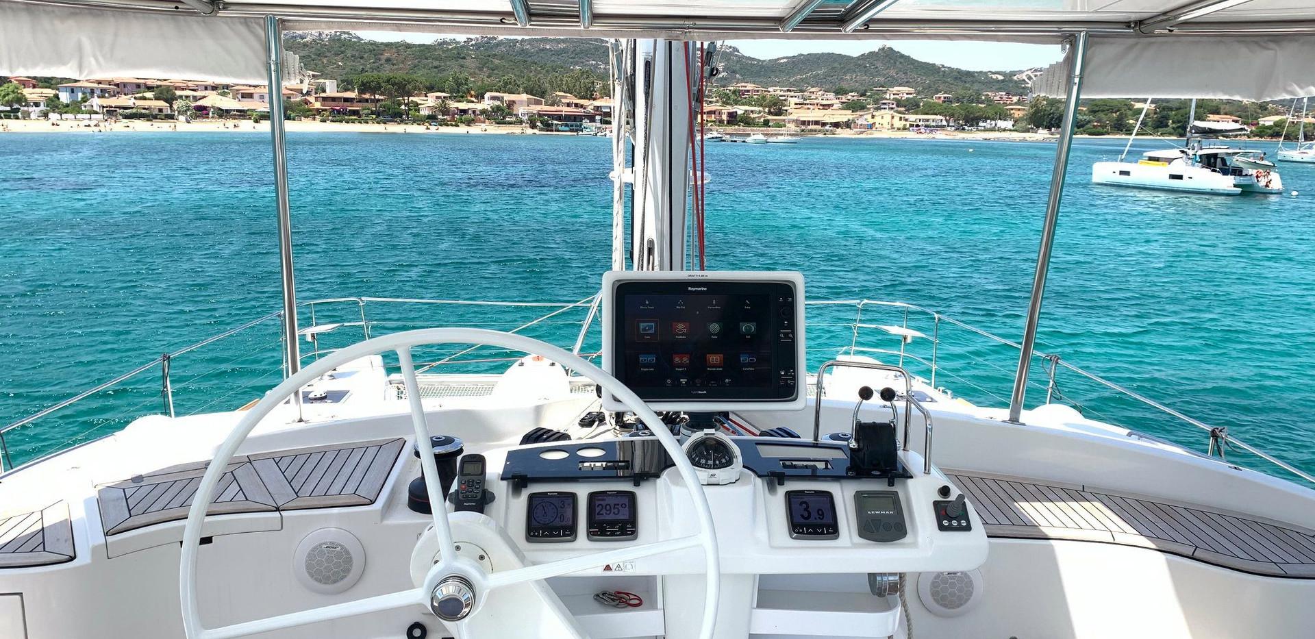 Catamaran tours in Sardinia