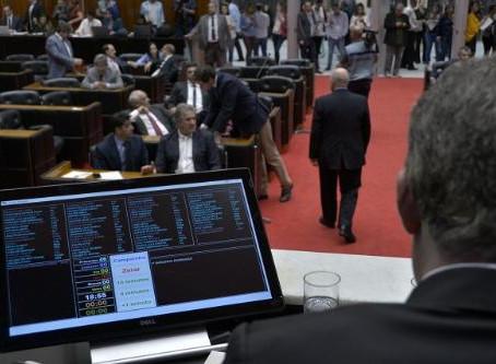 Sancionada lei sobre empréstimos de precatórios
