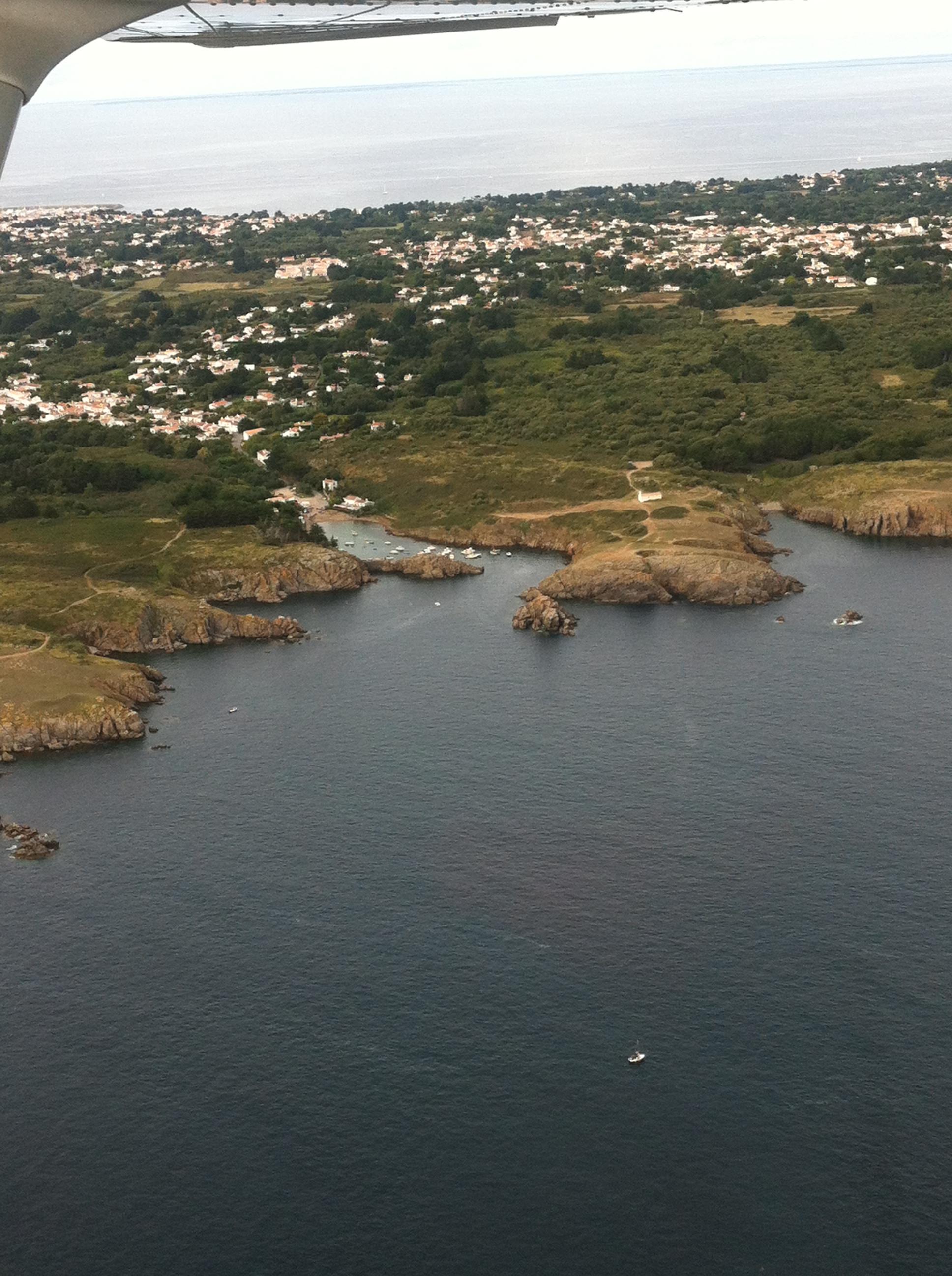 en_ton_île_d'yeu_port_de_la_meule.JPG