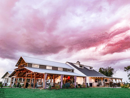 LUXURY Meets Iowa   Wedding Venue IA
