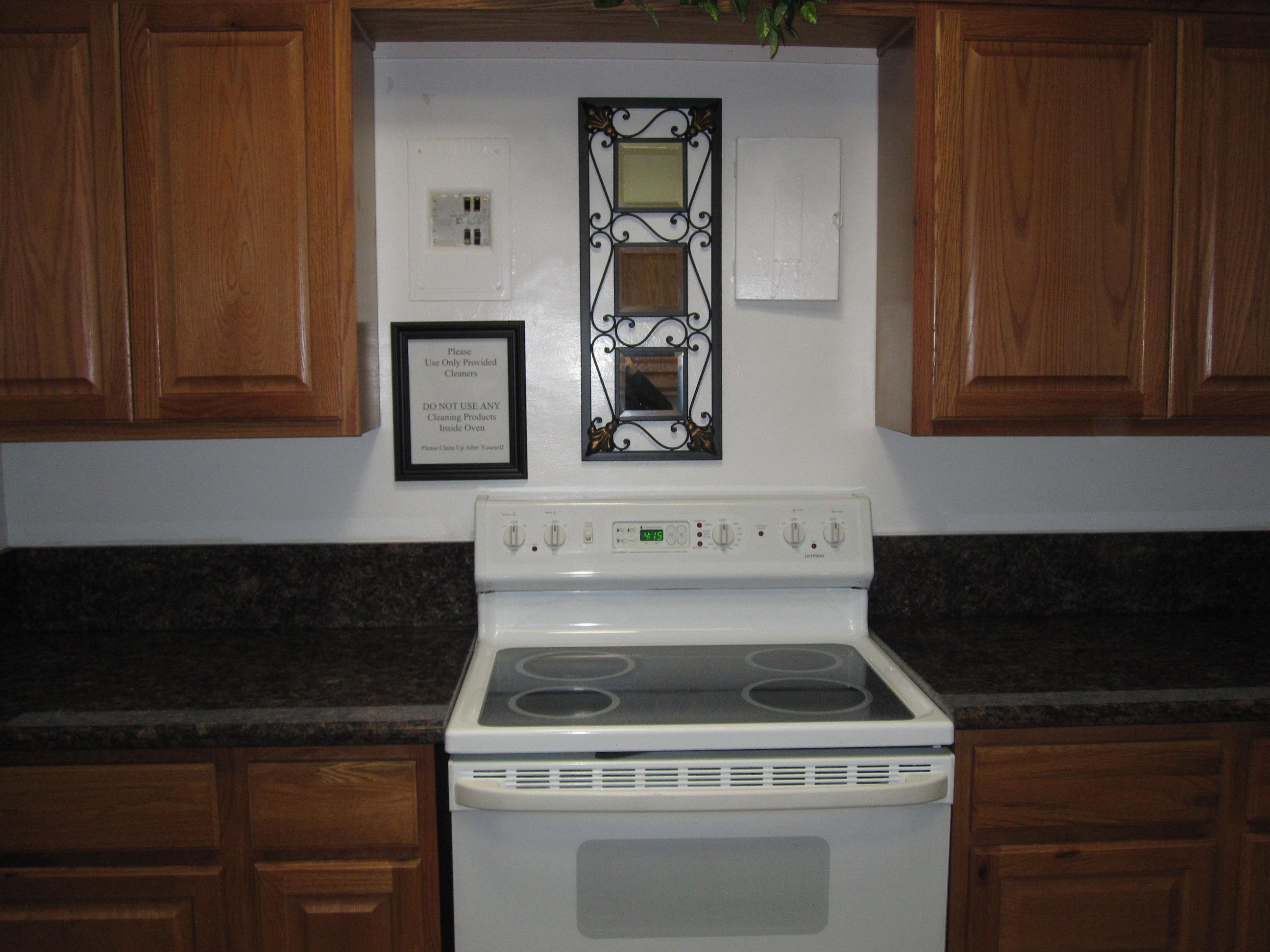 Unit 1 Kitchen (stove) (2)