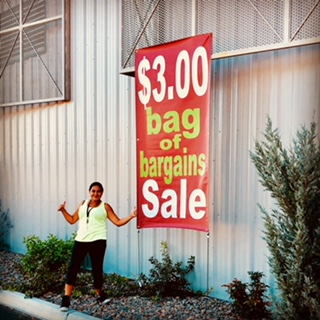 Bag sale sign 818