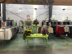 boutique green tables
