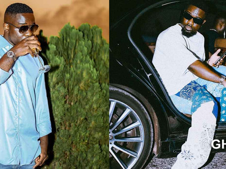 """Sarkodie explains why he doesn't """"spoon"""" ladies in his music video"""