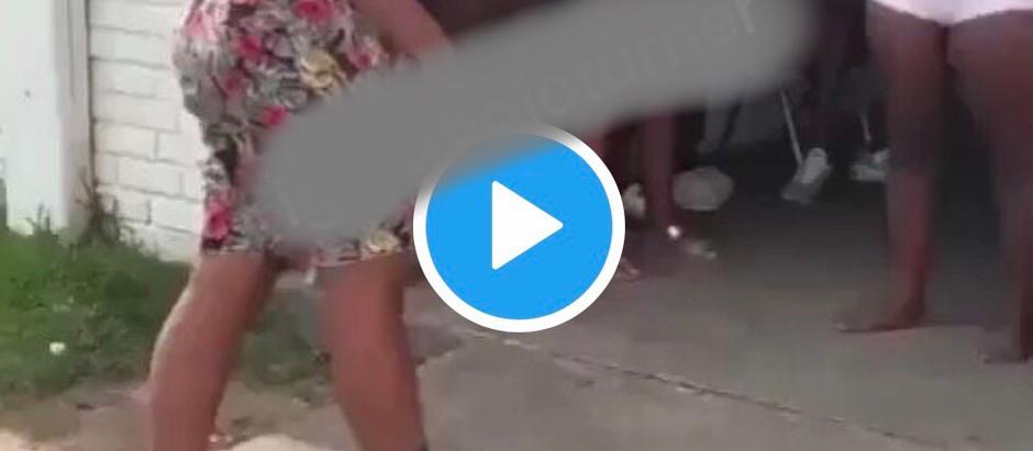 Two Sl@y Queens Trade Bl0ws And K!ck 0ver A Cl!ent Caus3s St!r On Social Media [Watch Video]