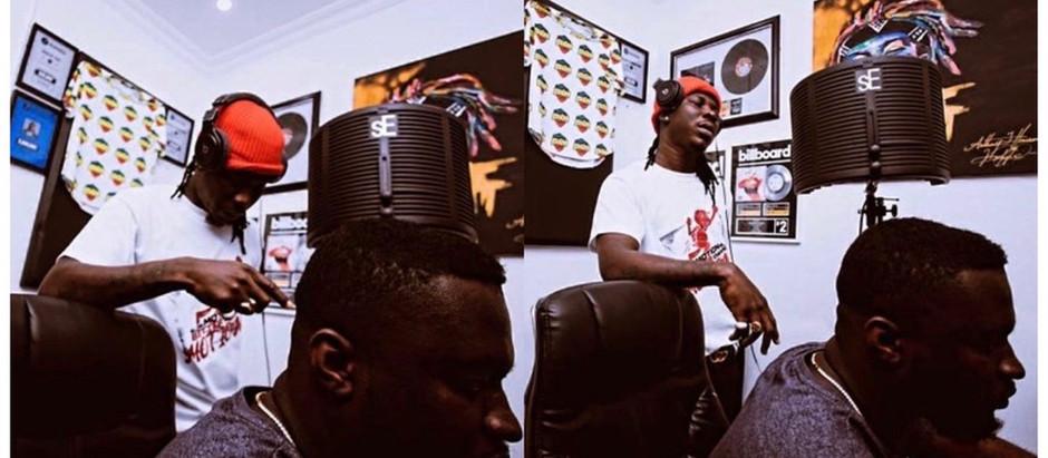Stonebwoy hits studio with Streetbeatz to record new song.[Photos]