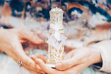 20200514-parfum-iris-web-copyright-vanil