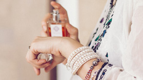 Cum ne dăm cu parfum? - Partea 1