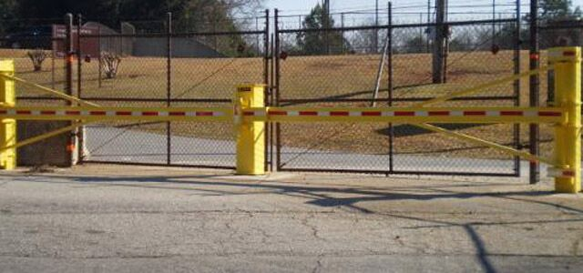 Swing Arm Gate
