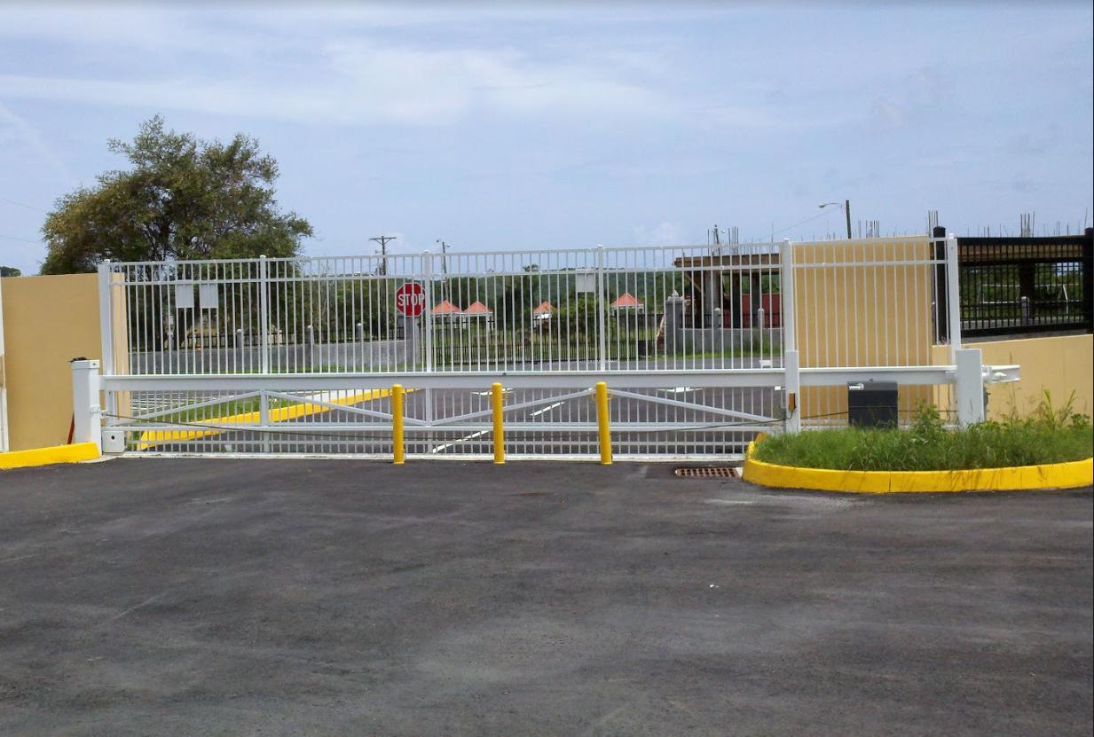 Super Slide Gate