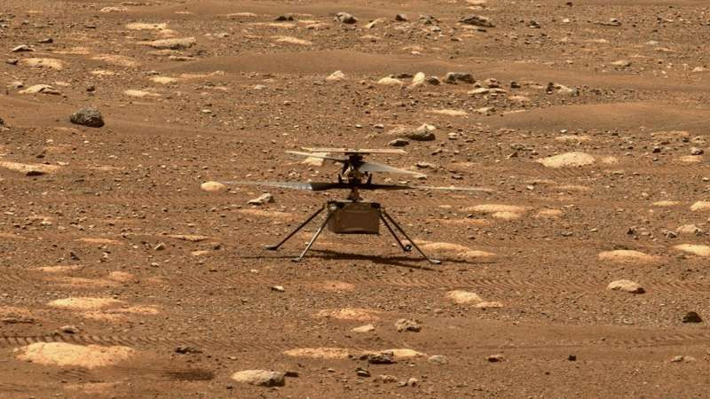 NASA's Ingenuity helicopter unlocked its blades, allowing them to rotate freely, on April 7, 2021, the 47th Martian Day, or sol, mission. This image was captured by the Mastcam image-I aboard NASA's Perseverance rover on the next Sun, April 8, 2021. Photo: NASA/JPL-Caltech