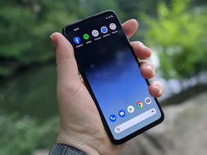 Google reveals defunct version of Pixel 4a (VIDEO)