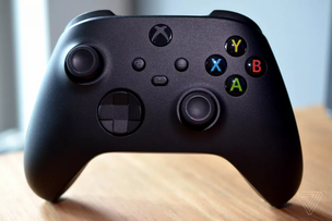 Microsoft Says Latest Xbox Series X Update Fixes Controller Shutdown Issues