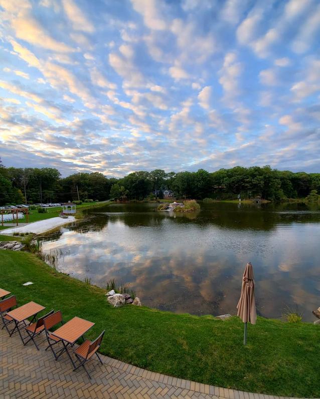 Wedding Venue on a Lake in NJ