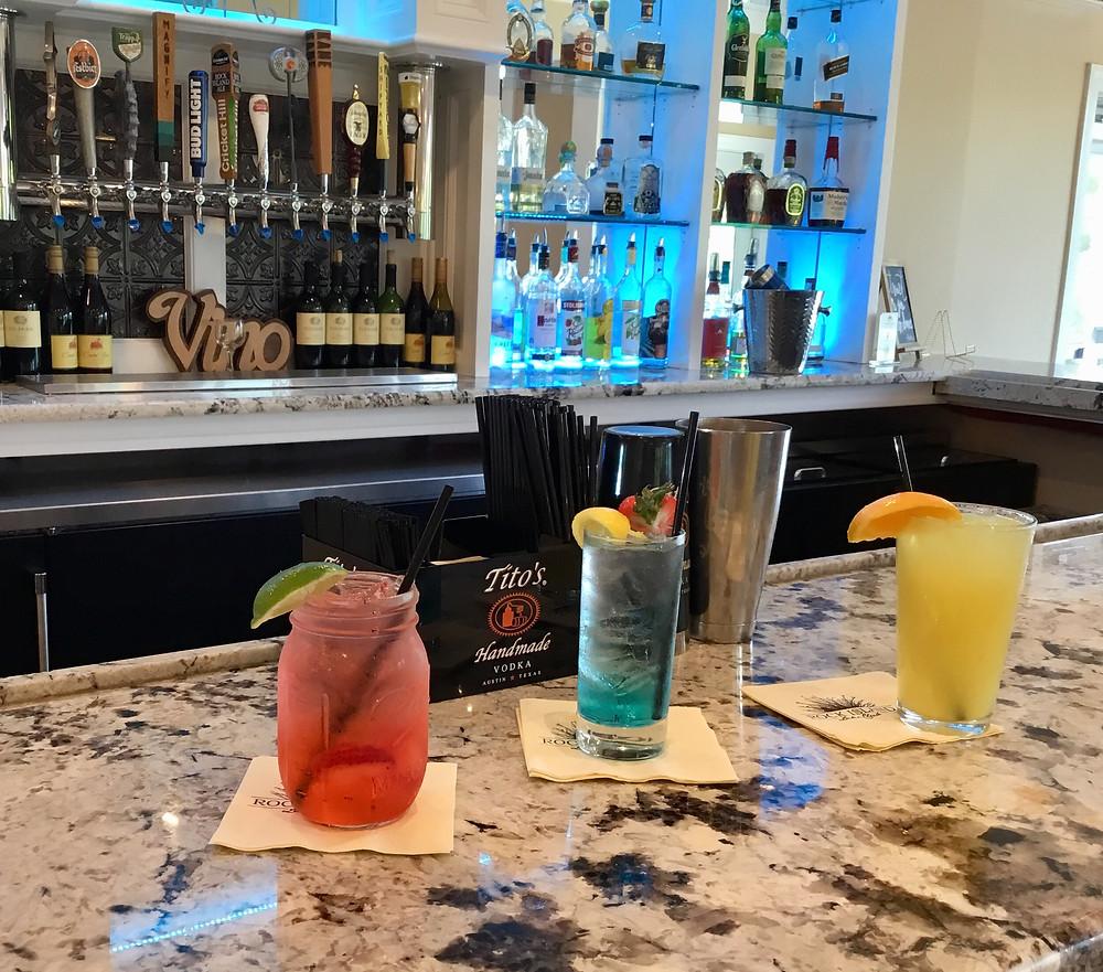 Fun drinks at Rock Island Lake Club
