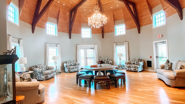 Rustic Wedding Venue with Rooms to get Ready Bridal Suite NJ Modern