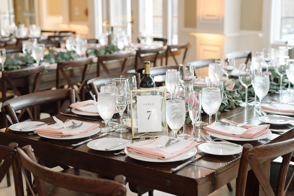 Rustic Elegant Wedding Table