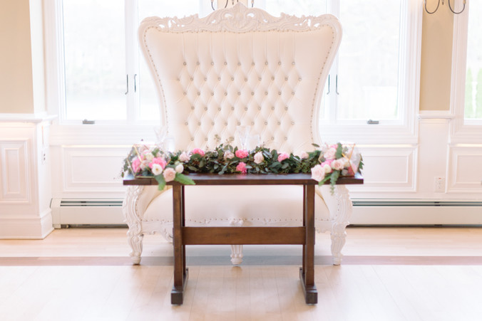 Sweetheart Table Throne