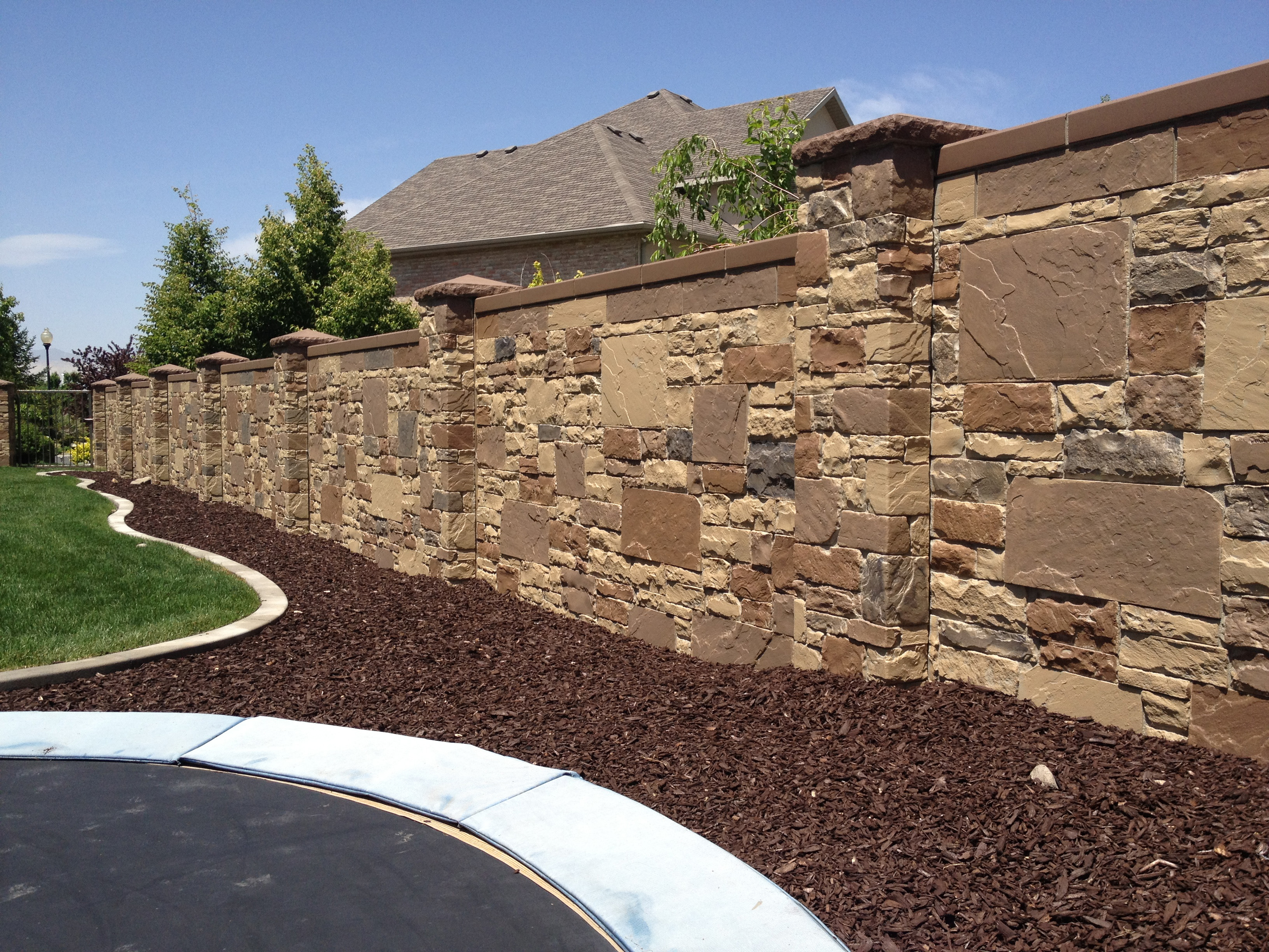 Install Stone Fence 2