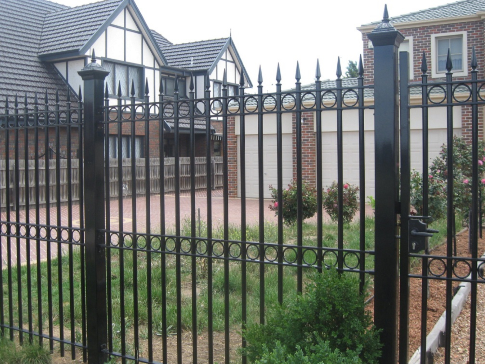 Install Steel Fence