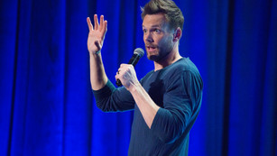 Joel McHale Stand up