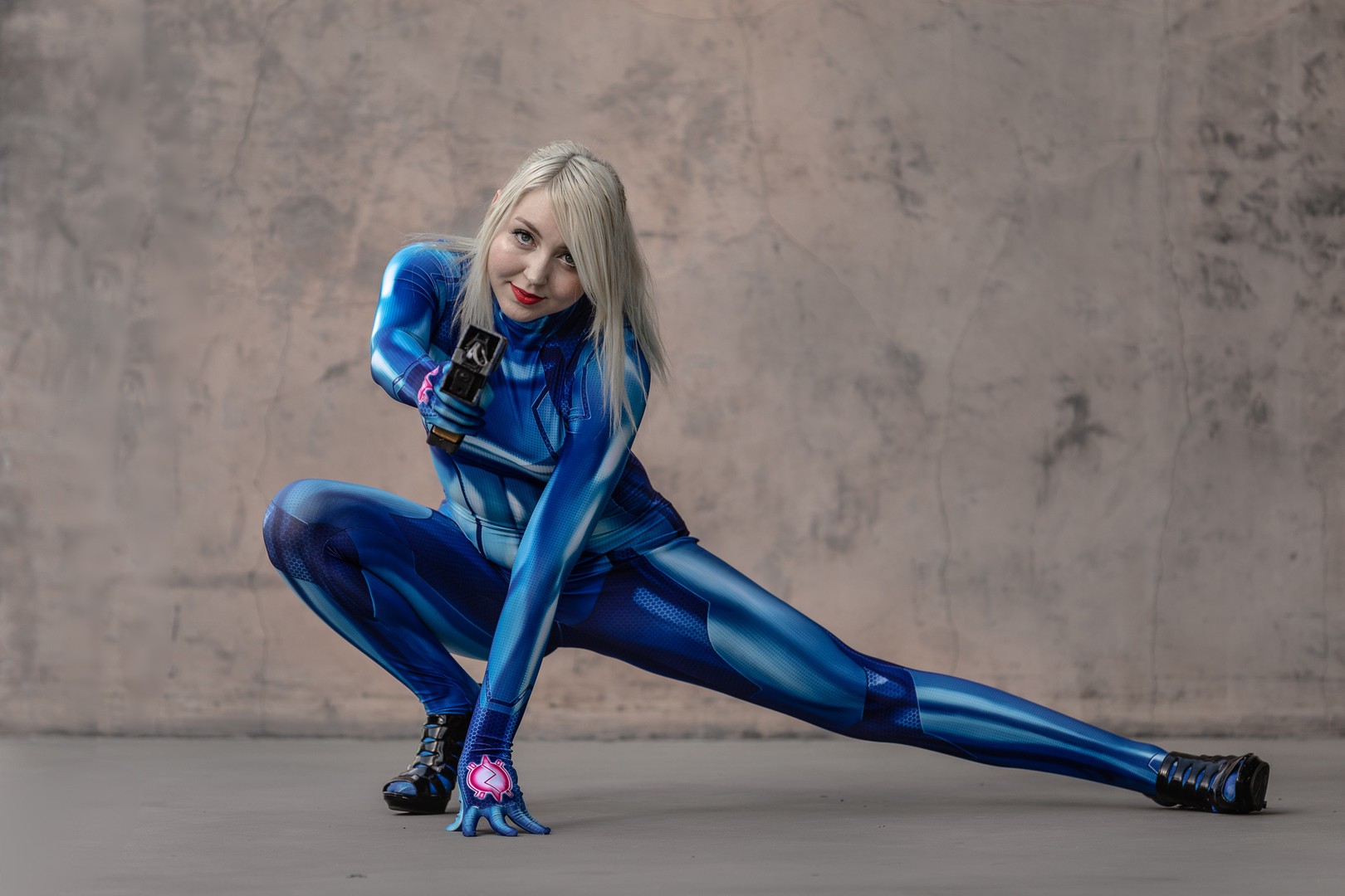 Amanda Stunning Cosplay