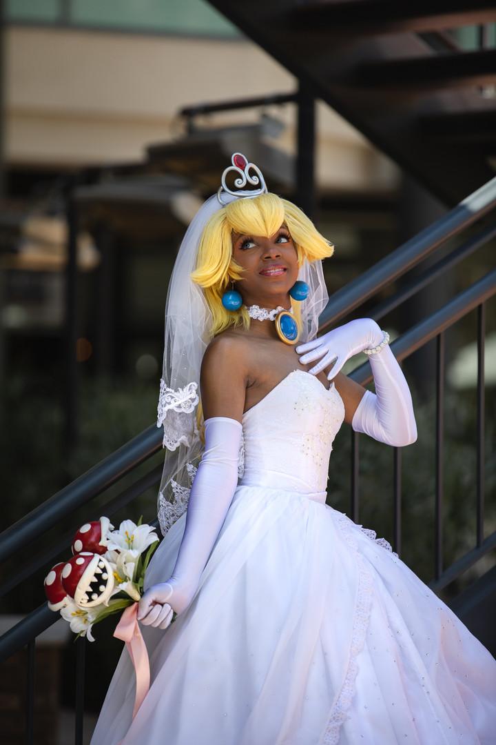 notgrima wedding peach cosplay