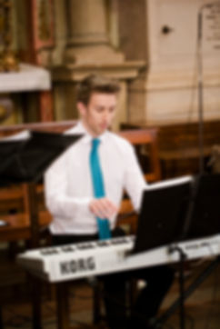 Piano na Cerimónia Religiosa, Pianista na Missa de Casamento, Piano para Casamento Religioso, Organista para Casamento