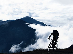 Mountainbiken in de Mist