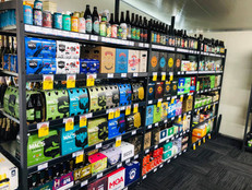 Super Liquor Timaru Shelving UPO Ltd.jpg