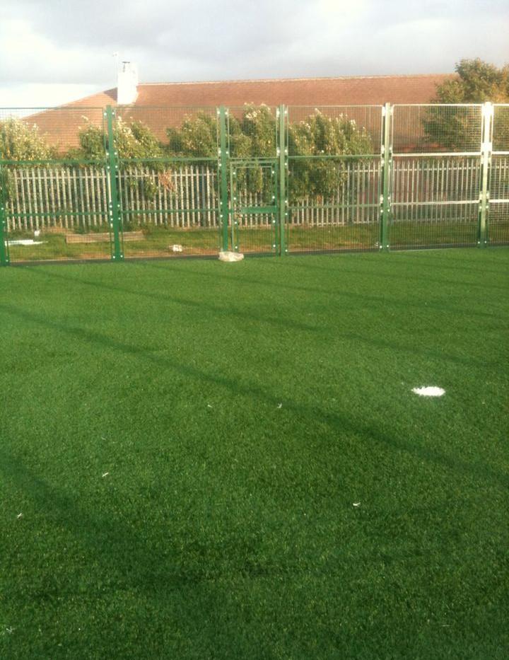 artificial grass MUGA 06.jpg