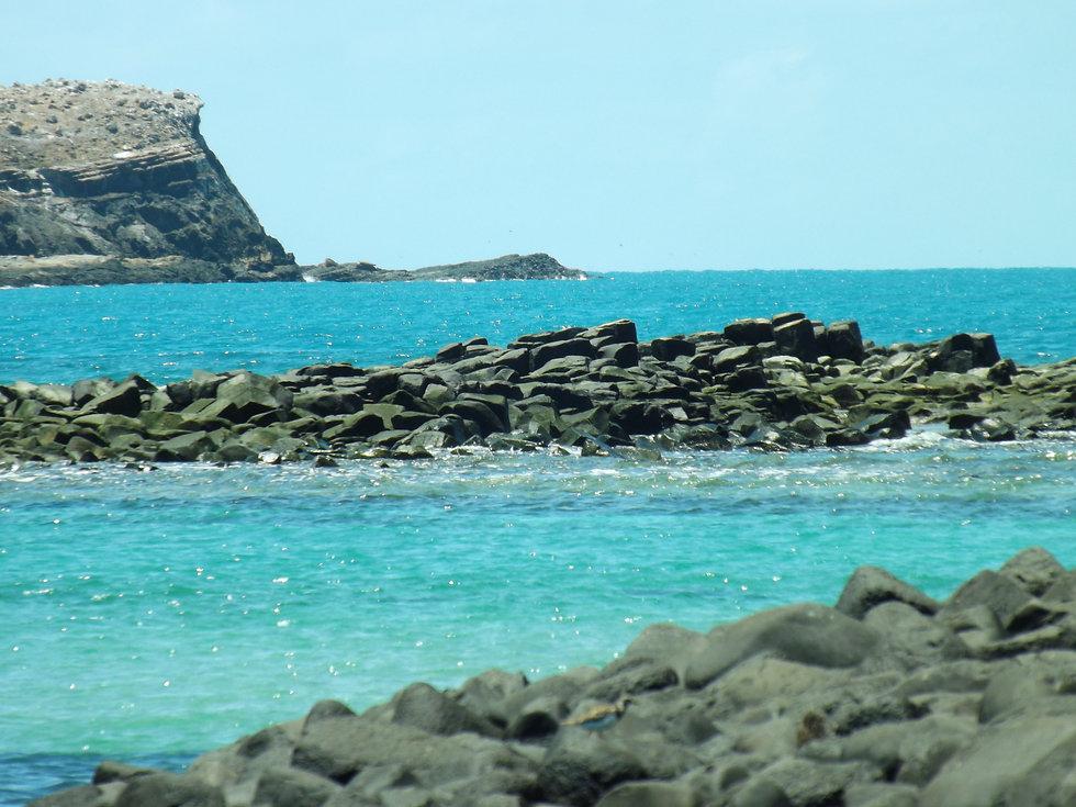 abrolhos.diveinn.siriba.landscape.jpg