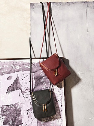 Hobo - The Fern Adjustable Crossbody